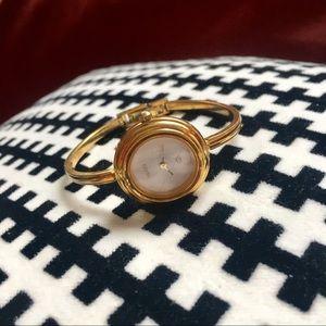 VINTAGE Gucci Bezels Interchangeable Watch